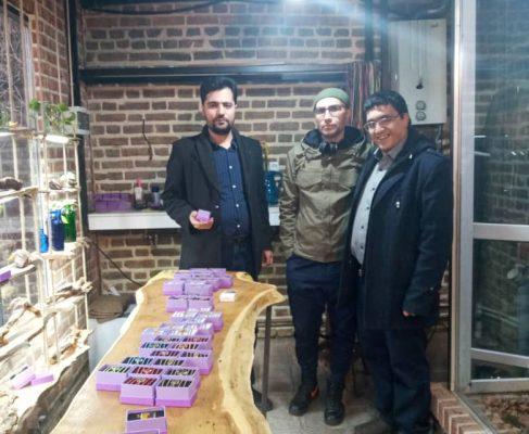 حضور صمیمی در جمع تولید کنندگان و صادر کنندگان صنایع دستی